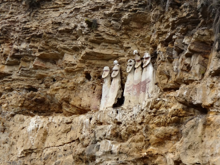 Teddy Land: Sarcophagus of Karajia, Peru