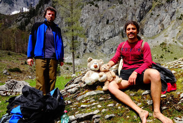Juri and Evgeni, who hates shoes and has beehives. We are in love - Gesäuse, Alps, Autsria