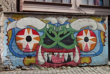 Monster graffiti - La Paz, Bolivia